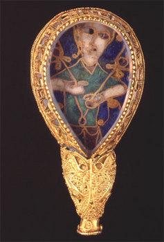 1836-37-alfred-jewel-rear.jpg