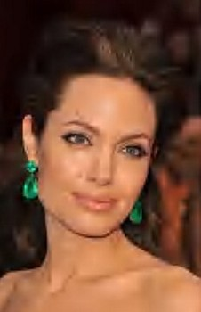 jolie-emerald-earrings.jpg